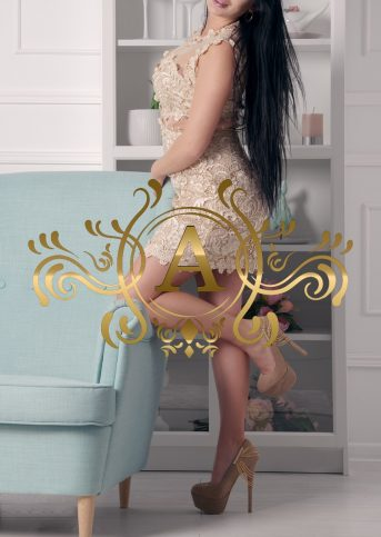 kerry brunette escort